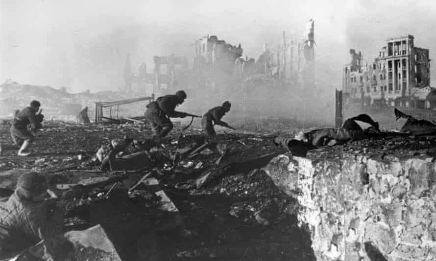 Red Army troops during the battle of Stalingrad in 1942. As many as 750,000 German soldiers died there