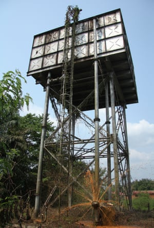At 10m above the ground, the main cistern is the highest point in Kasongo.