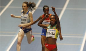 Laura Muir wins bronze in the world indoor 3,000m behind Genzebe Dibaba (gold) and Sifan Hassan.