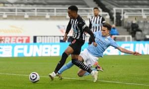 Newcastle United's Joseph Willock scores their third goal.