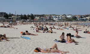 Shot with a 24-70mm lens, standing up 60mm. Bondi Beach at 2:15pm. 3rd September 2020.