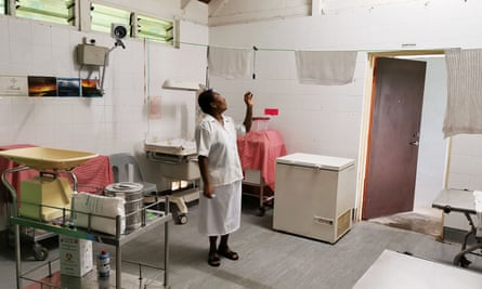 The labour ward at Warangoi clinic in East New Britain Province. A leading gynaecologist has said women in PNG should not fall pregnant while the pandemic remains a threat