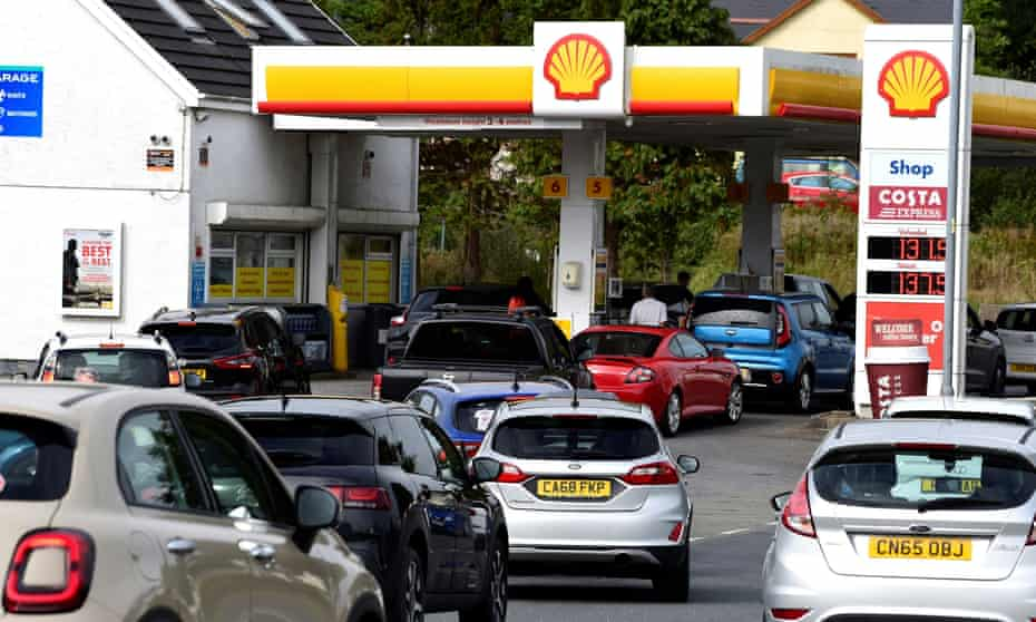 Cars queue for fuel at  Begelly in Wales