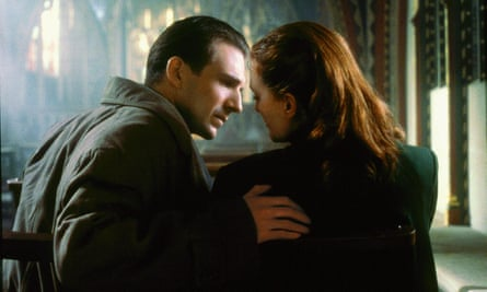 Ralph Fiennes and Julianne Moore in the 1999 film adaptation of The End of the Affair.