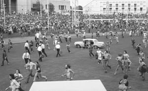 Fans rush the gates during the soundcheck at Kooyong Stadium, Melbourne Australia, February 1972