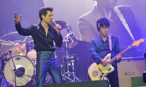 Brandon Flowers with former Smiths guitarist Johnny Marr at Glastonbury.