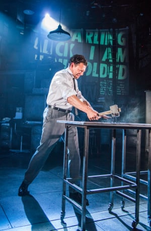 Richard Coyle in Ink at the Almeida, London
