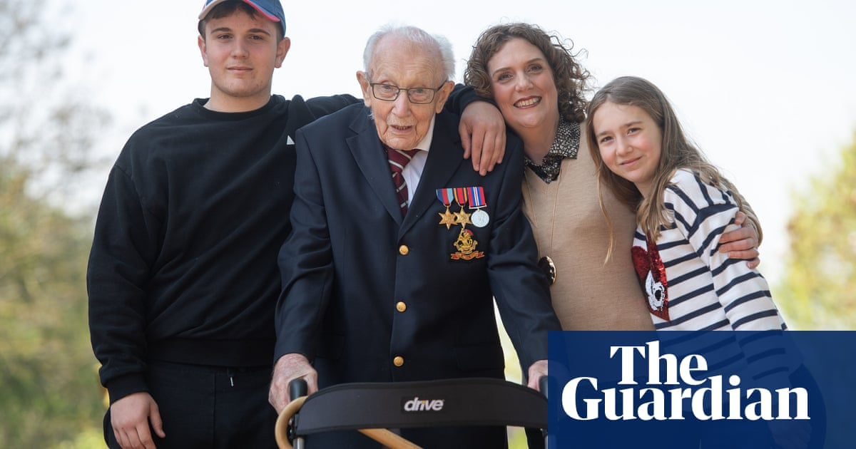 Family of Captain Sir Tom Moore issue charity challenge to nation