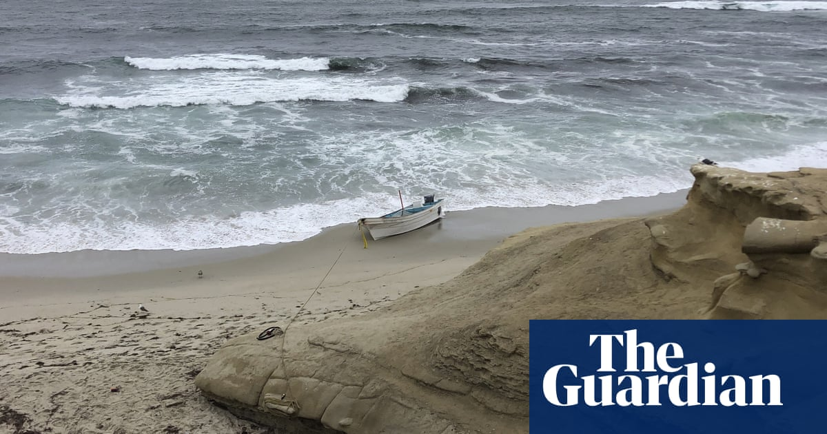 One person dies in suspected migrant smuggling attempt off San Diego coast