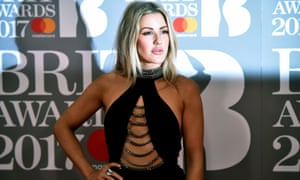 Pop stars such as Ellie Goulding have agreed to change the way they label social media posts when they endorse products.
