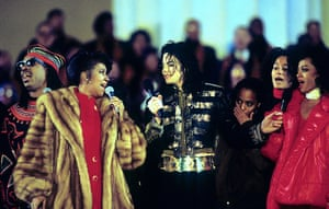 Aretha Franklin, Michael Jackson and Diana Ross perform at the Inaugural Gala for president Bill Clinton, 18 January 1993