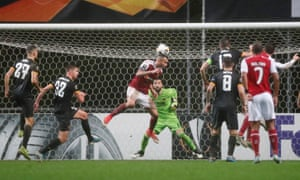 Braga's Fransergio heads the home side back on level terms.