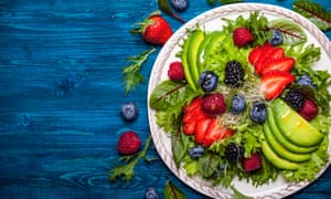Could eating salads help us live to 140?