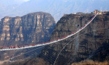 Chinese province closes all glass bridges over safety fears