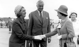 Margaret Whitlam (left) meeting Queen Elizabeth II at the opening of the Opera House in Sydney, 20 October 1973.