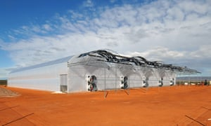 Sundrop Farms, a Seawater Greenhouse project in Port Augusta, Australia – a greenhouse inspired by the desert beetle.