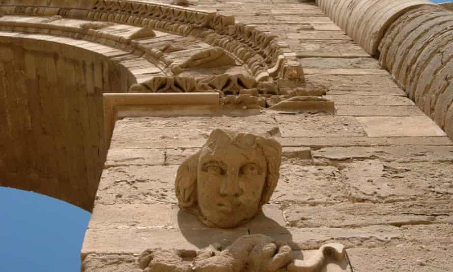 The ancient site of Hatra in Iraq, before it was destroyed by Isis.