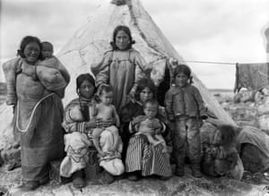 the white frontier inuit life in 1900s canada in pictures art