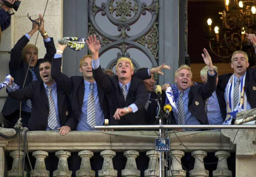 Donato (far left) and his Deportivo teammates celebrate with supporters from the balcony of the city hall on 20 May 2000.