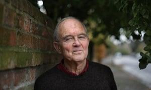 Poet and writer, John Fuller, Oxford, 14/11 /16 . Copyright Photo Tom Pilston.
