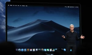 Tim Cook introduces Mojave macOS.