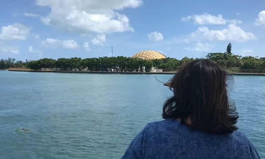 Ellie Kinley (Tah-Mahs) of Lummi Nation looks at the Miami Seaquarium.