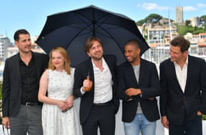 Claes Bang, Elisabeth Moss, director Ruben Östlund, Christopher Læssø and Dominic West at the photocall for Östlund's The Square.