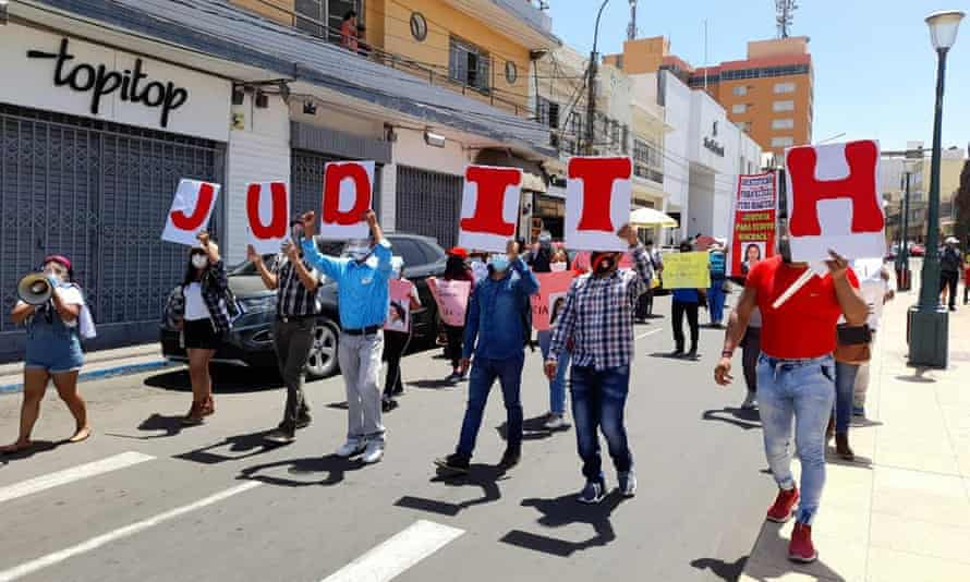A recent protest in Tacna, Peru, demanding justice for the killings of Judith Machaca and Noemí Escobar.