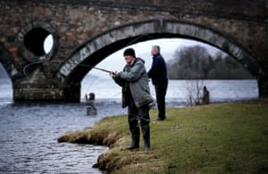 Anglers on the River Tay in Kenmore