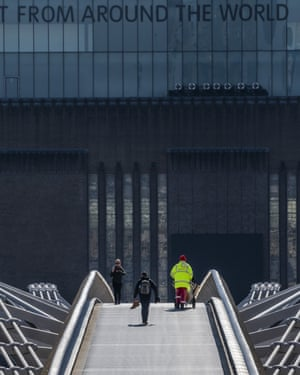 Near-empty scenes in front of Tate Modern this week.
