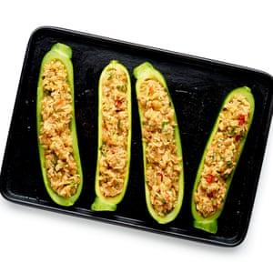 Pack into the courgette hulls, then bake. Finish with a sprinkling of fried breadcrumbs.