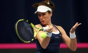 Johanna Konta defeated Dalila Jakupovic in straight sets