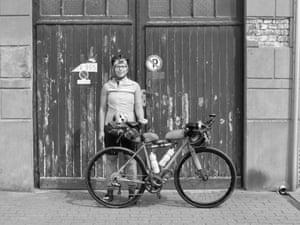 The Transcontinental Bike Race 2 400 Gruelling Miles Across