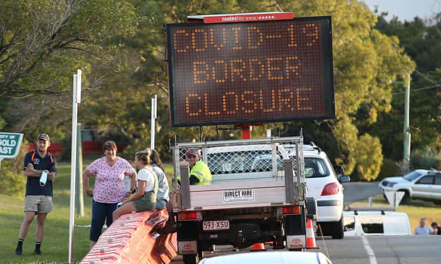 Border closure sign at the Queensland NSW border