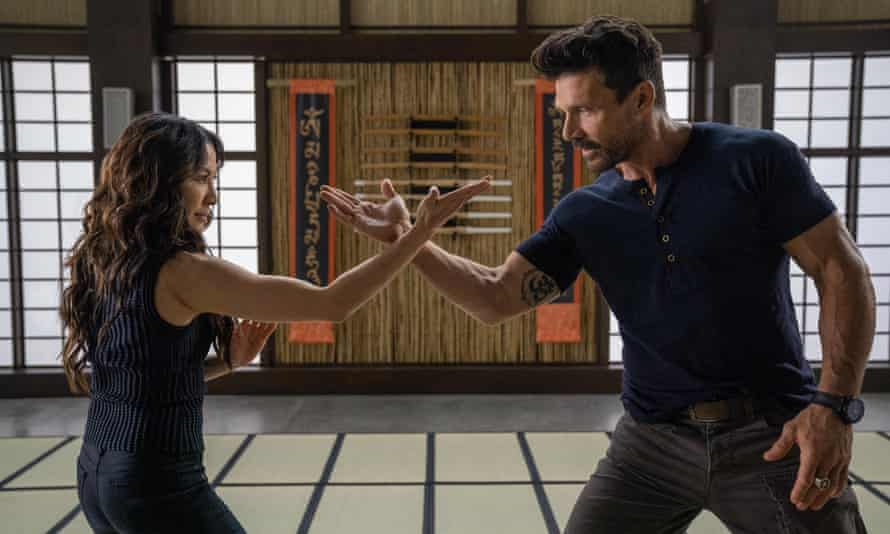 Michelle Yeoh and Frank Grillo in Boss Level.