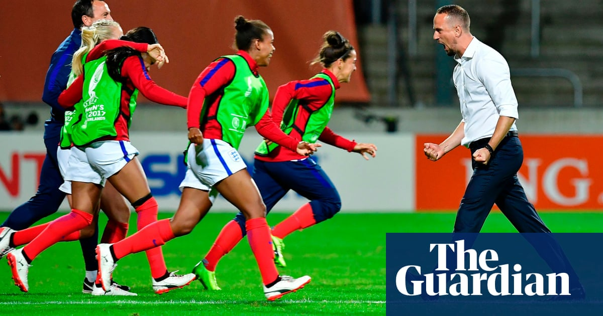 e33233cdd34c England s Mark Sampson proud of Jodie Taylor s  obsession with scoring  goals