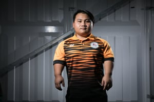 Bonnie Bunyau Gustin from Malaysia competed in the para powerlifting.
