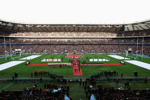 Two minutes silence at Twickenham Stadium for Remembrance Day