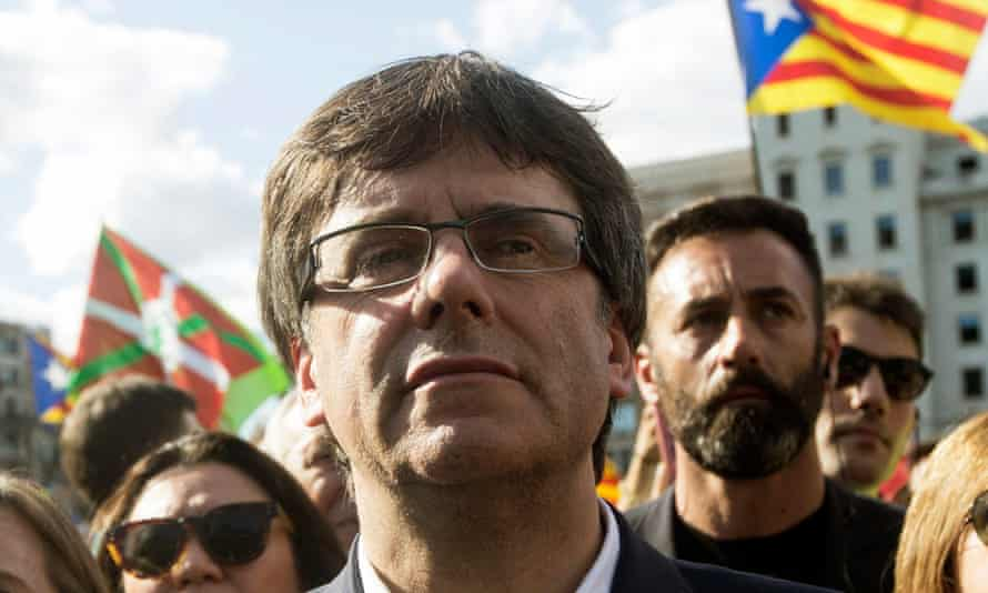 Carles Puigdemont has defied a Spanish court summons to stay in Brussels.