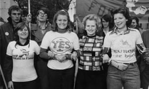 Margaret Thatcher lends her support to the pro-EEC campaign on the day before polling