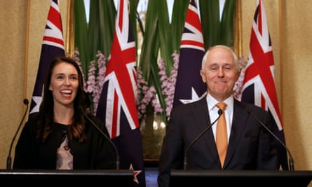 New Zealand prime minister Jacinda Ardern has made an offer to Australia's PM, Malcolm Turnbull for her country to take up to 150 refugees from offshore detention.