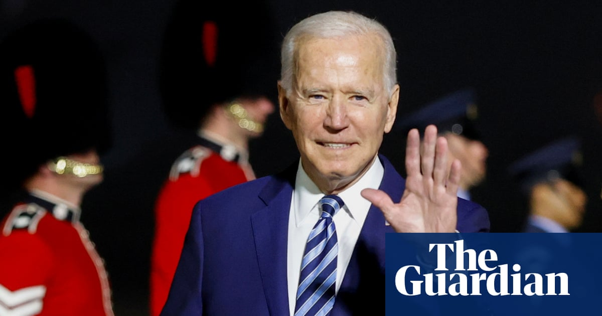 Biden arrives with demand that UK settle Brexit row over Northern Ireland