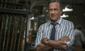 Tom Hanks portrays Ben Bradlee in The Post.