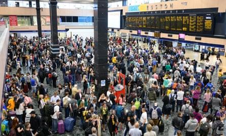 Euston station during train delays