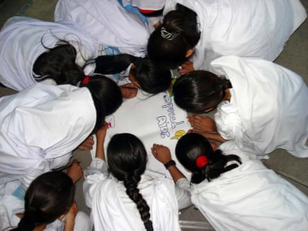 A workshop given by Aware Girls for young women in Pakistan