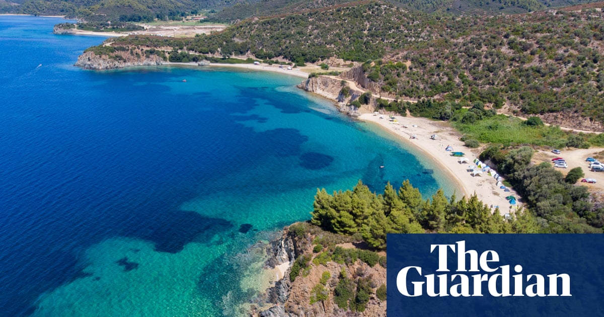 Greece to ditch quarantine for tourists who are vaccinated or test negative