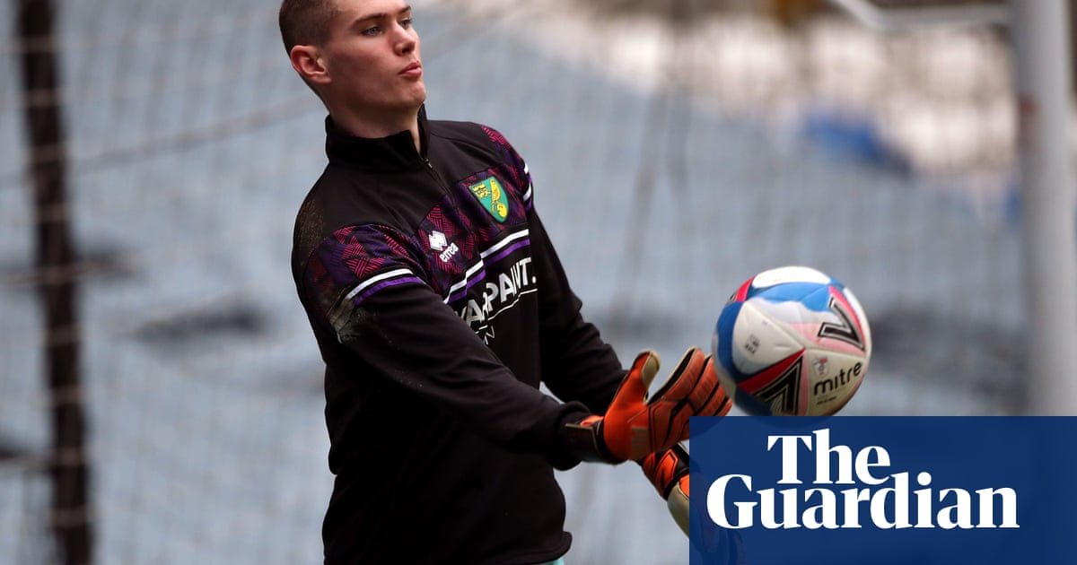 Norwich goalkeeper Dan Barden diagnosed with testicular cancer