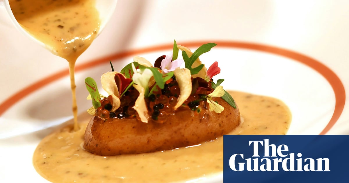Jellied eel canapés and venison: No 10 hosts biggest names in business
