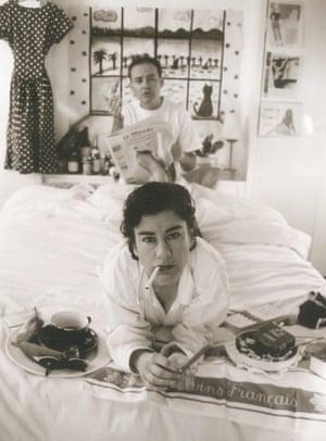 La Nouvelle Vague (2003) by Lisa Wolfe and Peter Chrisp.