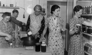 WI members making jam in about 1940.